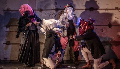 Teatro Vreve - Tinkuy de Zorros. Director: Víctor Viviescas, Colombia. Coproducción Teatro Mayor Julio Mario Santo Domingo