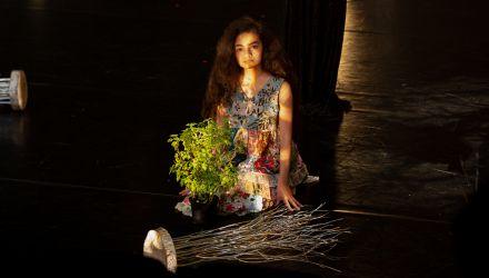 L'Explose Danza - Estela - Dirección y dramaturgia: Juliana Reyes, Colombia