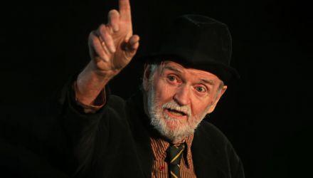 Joe Broderick - Primer amor - Autor: Samuel Beckett, Irlanda - Director: Manuel Orjuela, Colombia