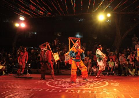 Misael Torres y Ensamblaje Teatro regresan al Teatro Mayor con 'Historia del soldado que ayer llegó de la guerra'