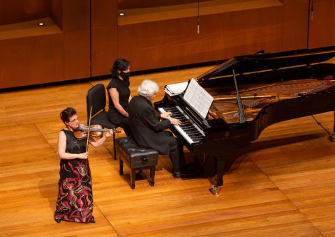 Teatro Digital revive las 'Joyas del ballet ruso', interpretadas por la violinista ucraniana Ala Voronkova y el pianista ruso Guerassim Voronkov