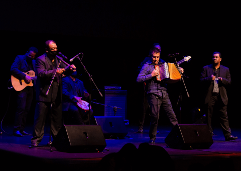 Parranda vallenata en Teatro Digital