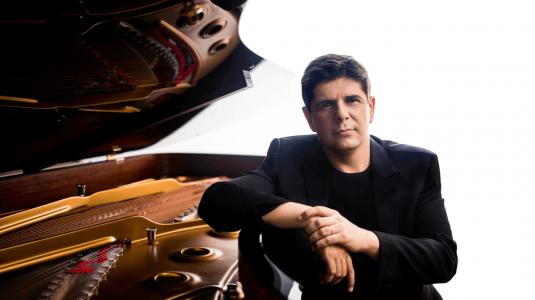 Javier Perianes, piano - España